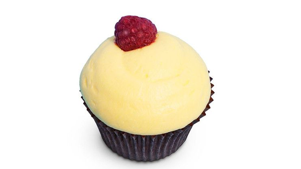 Sweet Couture's delicious Lemon & Raspberry cupcakes. (Pinterest)