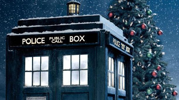 A festive TARDIS (Pic: BBC)