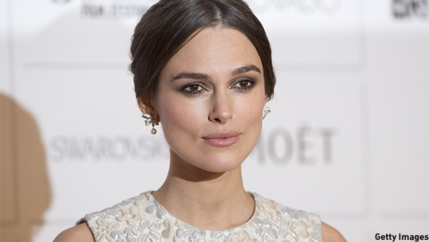 British actress Keira Knightley poses on the red carpet arriving for the British Independent Film Awards in London on December 7, 2014.  AFP PHOTO / JUSTIN TALLIS        (Photo credit should read JUSTIN TALLIS/AFP/Getty Images)