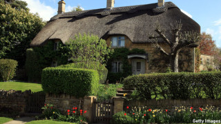 A thatched cottage