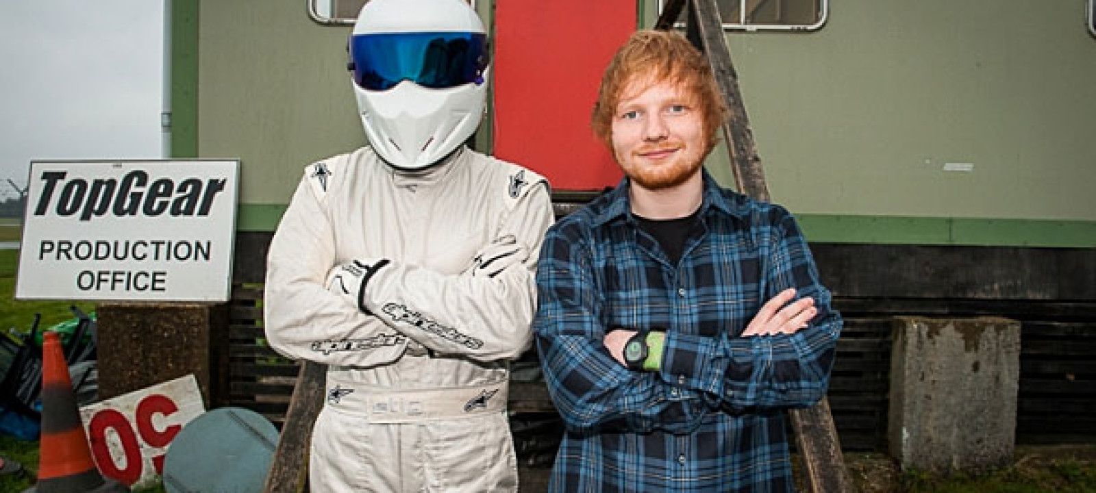 ed sheeran s first driving lesson with the stig anglophenia bbc america. Black Bedroom Furniture Sets. Home Design Ideas