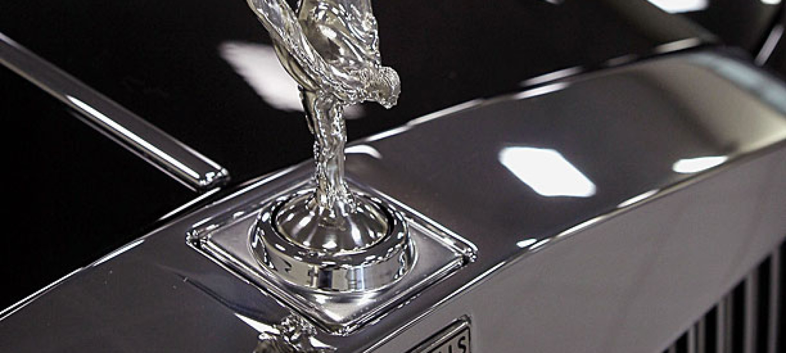 The 'Flying Lady' Rolls Royce hood ornament (PIc: Scott Olsen/Getty Images}