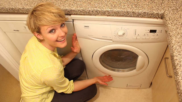 612x344_katearnell_washingmachine