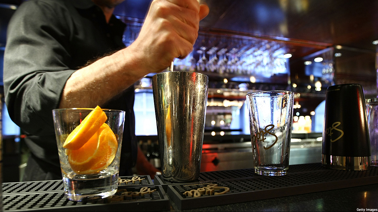 Mixing the drinks (Pic: Neilson Barnard/Getty Images)