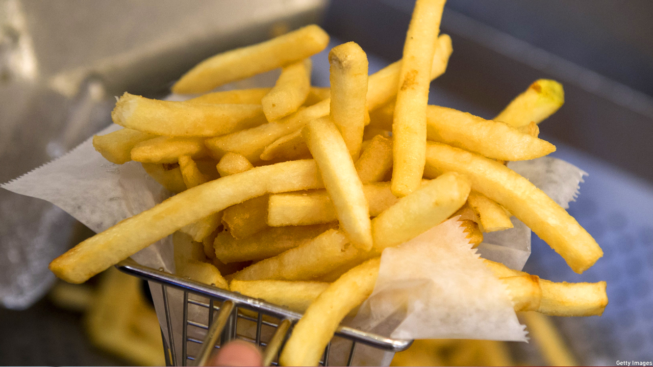Fries or chips? (Pic: Saul Loeb/Getty Images)