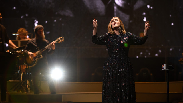 Adele Performs At The Manchester Arena