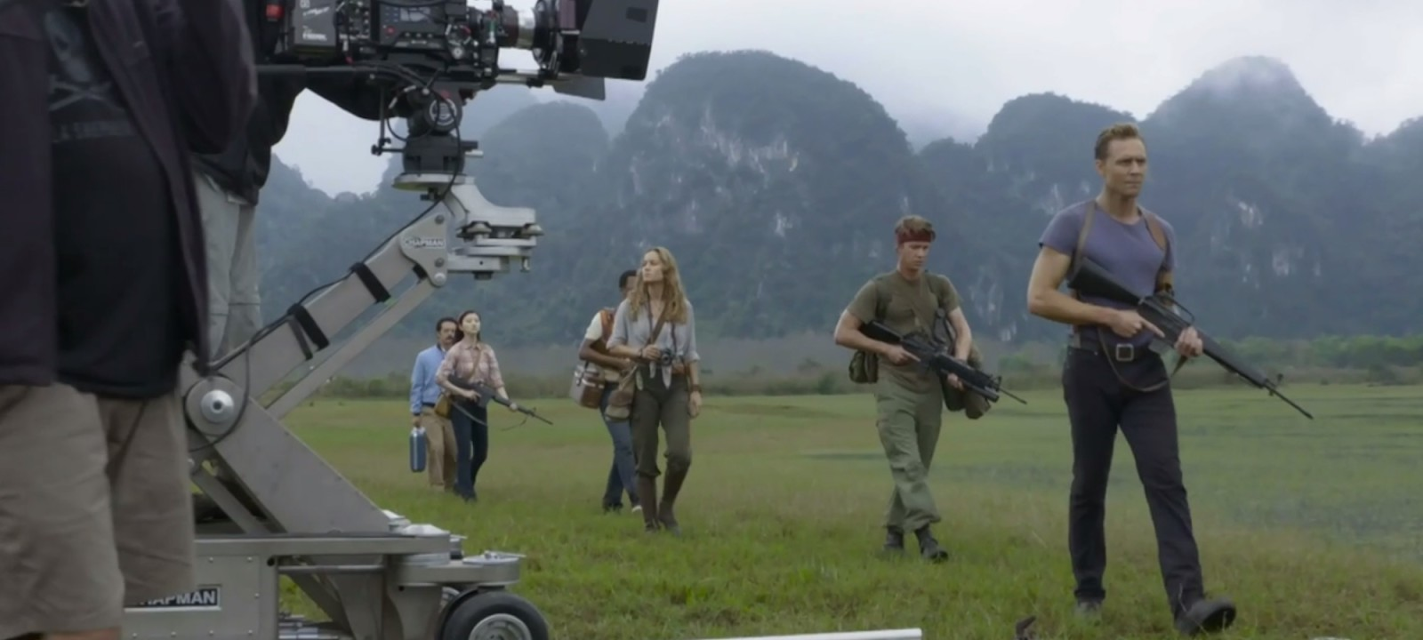 Tom Hiddleston and Brie Larson on set of 'Kong: Skull Island'