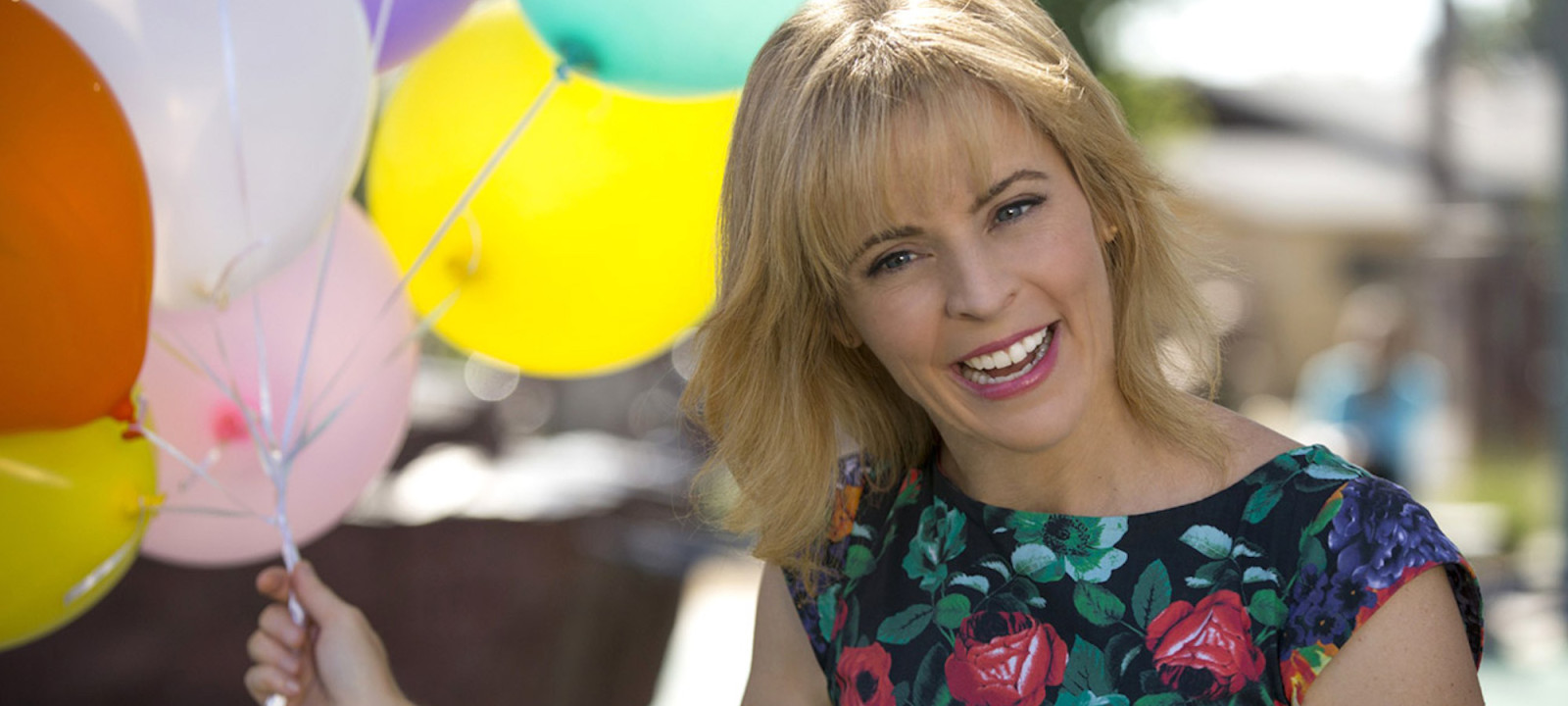Lady Dynamite starring Maria Bamford scheduled to stream on Netflix.