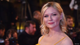 "US actress and member of the Jury Kirsten Dunst poses as she arrives on May 20, 2016 for the screening of the film ""The Neon Demon"" at the 69th Cannes Film Festival in Cannes, southern France.  / AFP / LOIC VENANCE"