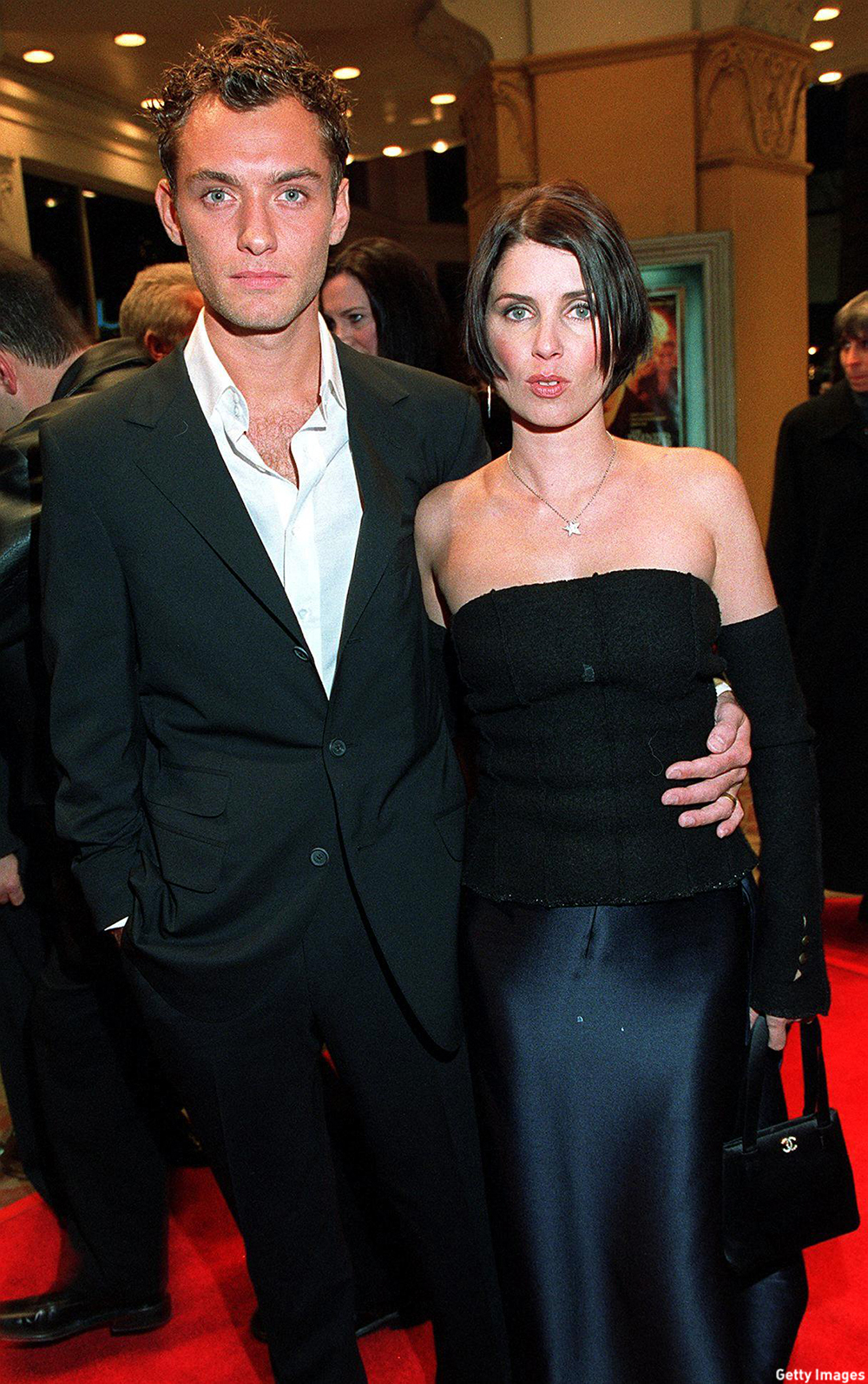 Jude Law and then wife Sadie Frost attend the premiere of 'Talented Mr. Ripley' in 1999. (Photo: Getty Images)