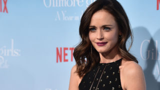 """Premiere Of Netflix's """"Gilmore Girls: A Year In The Life"""" – Arrivals"""