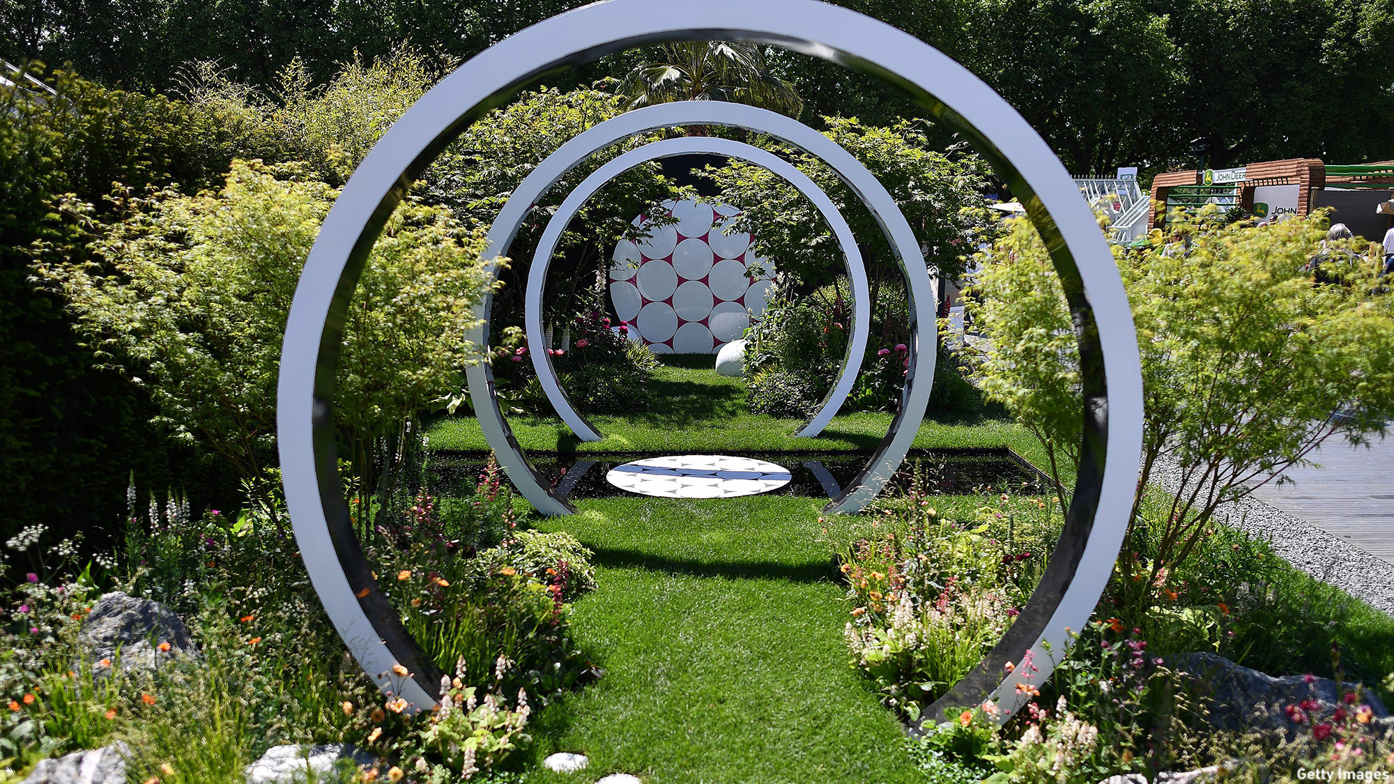 BRITAIN-ENTERAINMENT-ART-CHELSEA FLOWER SHOW