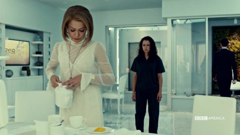 Orphan_Black_S5_Ep_2_Sarah_and_Rachel_Clone_Scene_Moments_YouTubePreset_1920x1080_970187843699