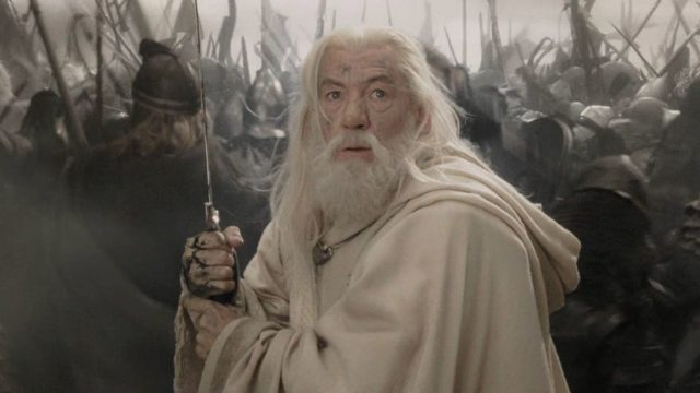anglo_2000x1125_LOTR_gandalf2