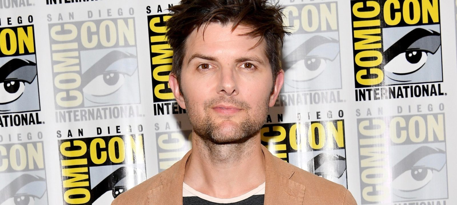 "Comic-Con International 2017 – ""Ghosted"" Press Line"