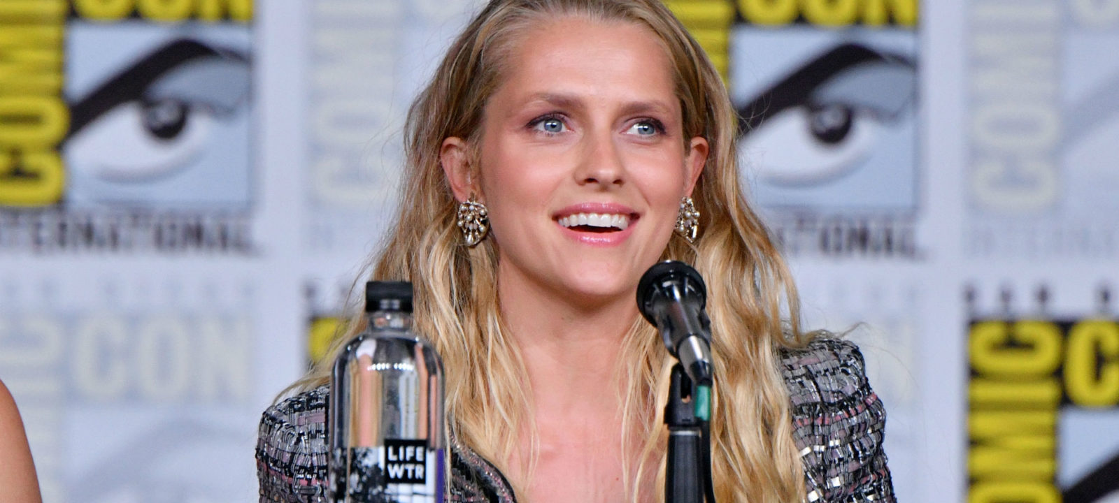 Teresa Palmer Nude Photos 82