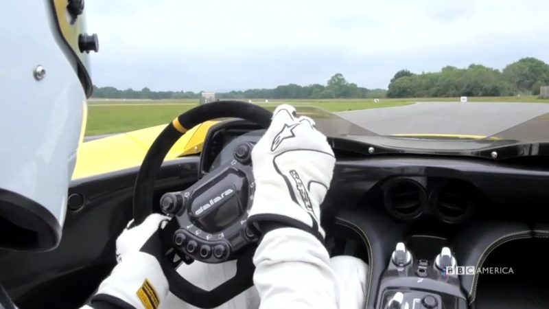 Top_Gear_S27_E03_Stig_Cam_YouTubePreset_10_1575269955618_mp4_video_1920x1080_5000000_primary_audio_und_6_1920x1080_1575270467644