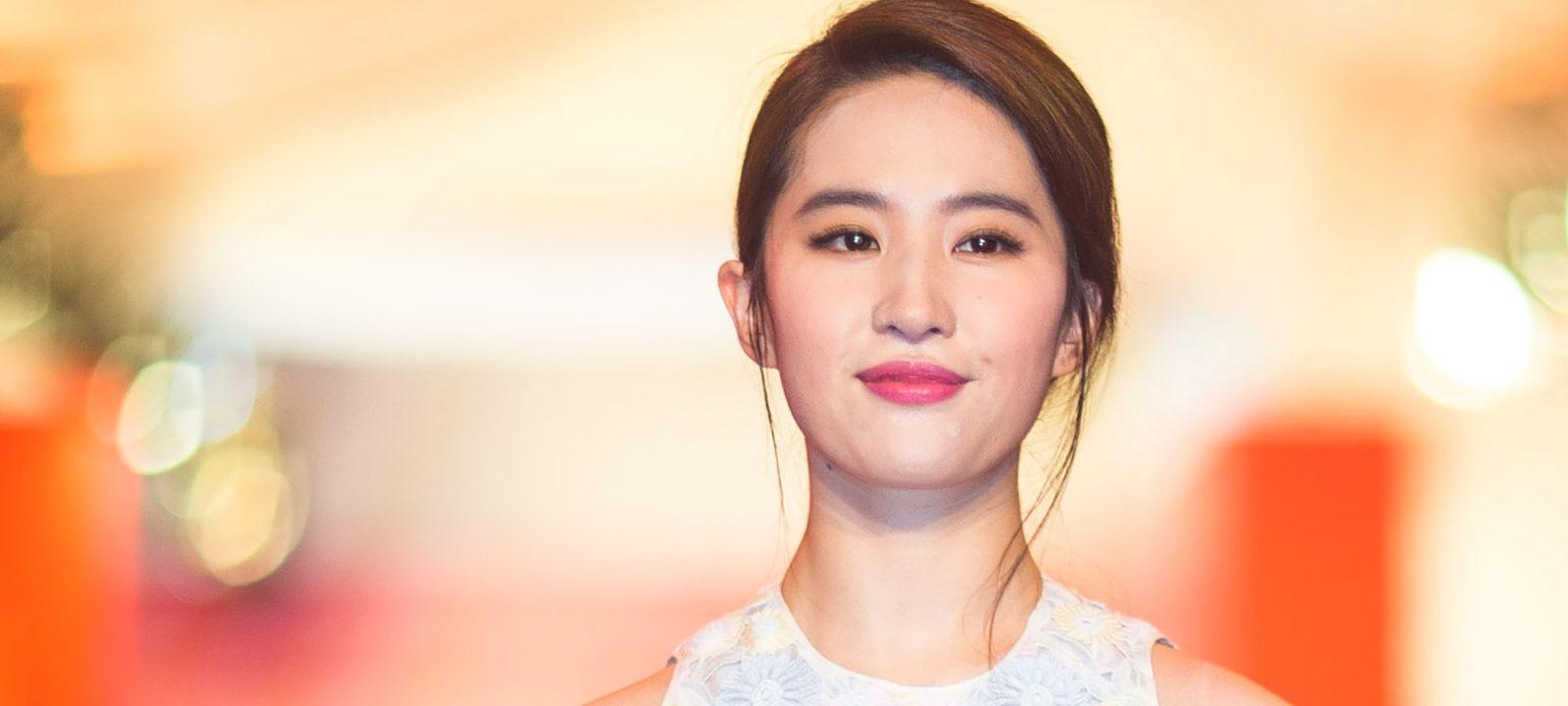 19th Shanghai International Film Festival – Opening Ceremony & Red Carpet