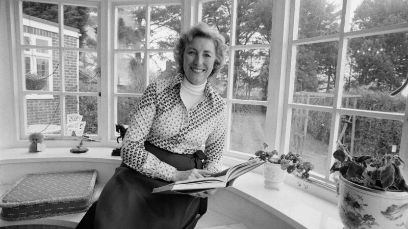 Dame Vera Lynn (1)
