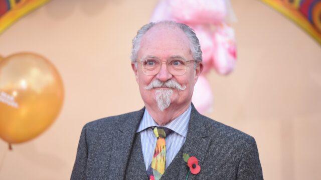 Jim Broadbent (1)