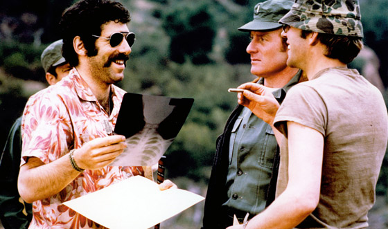 With <i>M*A*S*H</i>, Elliott Gould Defined a Comedic Generation