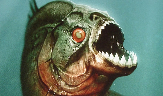 Web Stalker – Can <i>Piranha</i>'s Charm Extend to 3D and a Third Director?