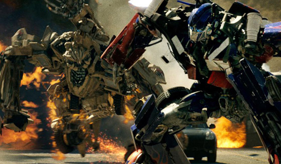 <em>Transformers: Revenge of the Fallen</em> Review &#8211; Not Much More Than Meets the CGI