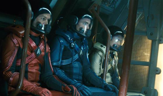 Daredevil Plans Skydive From Space a la <em>Star Trek</em>
