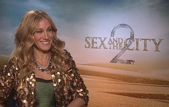 Video – How Sarah Jessica Parker and the Sex and the City 2 Cast Kept Aidan a Secret