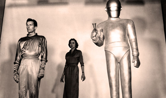 Don't Mistake Campy for Crummy When It Comes to Sci-fi Classics Like <em>The Day the Earth Stood Still</em>