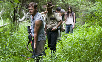 <em>USA Today</em> Names <em>The Walking Dead</em> a Comic-Con Winner; <em>EW</em> Hails Season 2 Trailer