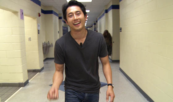 Video – Steven Yeun Welcomes Fans to San Diego Comic-Con 2011