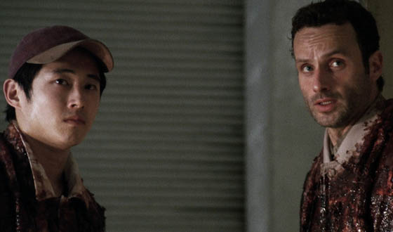 Video Recaps &#8211; The Grossest Kills and Closest Calls of <em>The Walking Dead</em> Season 1