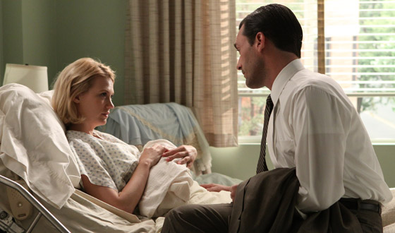 <em>E! Online</em> Has Photo of January Jones's Baby; Matthew Weiner on <em>Hollywood Reporter</em>'s Top 50