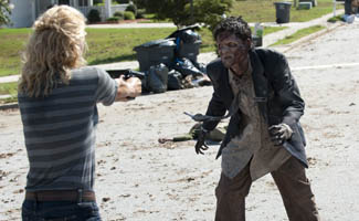 <em>EW</em> Highlights <em>The Walking Dead</em>'s Return; <em>Elle</em> Calls the Show Binge-Worthy