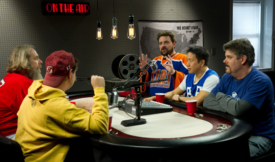 Have a Story For Kevin Smith's Comic Book Men? They May Use It Online in Their Podcast
