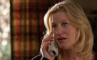 <em>Vanity Fair</em> Appraises Walt&#8217;s RV; Anna Gunn On Her Favorite Season 4 Episode