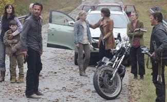 <em>The Walking Dead</em> Bowls Against Nerdist; Robert Kirkman Teases Season 3