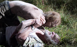 <em>Talking Dead</em> Poll &#8211; What&#8217;s Your Favorite Deadly Zombie Attack?