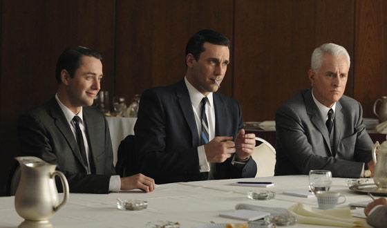 Jimmy Kimmel as Don Draper on <em>TV Guide</em> Cover; John Slattery Is <em>GQ</em>'s Man of the Year