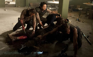Hershel&#8217;s Amputation Is Top <em>TV Guide</em> Moment; Robert Kirkman, Glen Mazzara Talk &#8220;Sick&#8221;