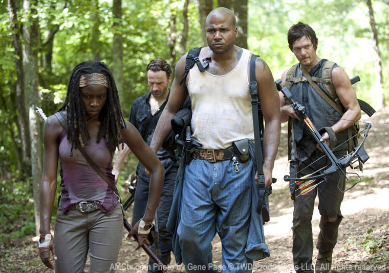 Michonne (Danai Gurira), Rick Grimes (Andrew Lincoln), Oscar (Vincent Ward) and Daryl Dixon (Norman Reedus) in Episode 7 of The Walking Dead