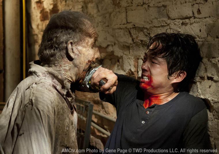 Glenn Rhee (Steven Yeun) in Episode 7 of The Walking Dead