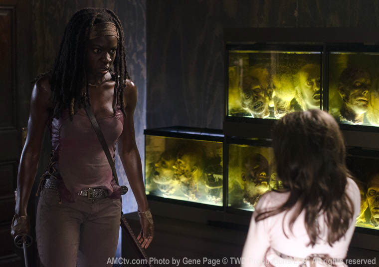 Michonne (Danai Gurira) and Penny (Kylie Ann Szymanski) in Episode 8 of The Walking Dead