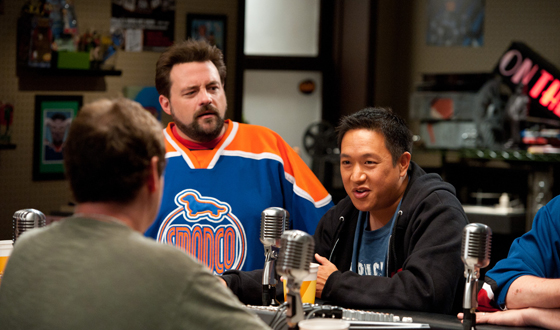 Kevin Smith Chats With <em>Examiner.com</em> and <em>Indiewire</em>; Ming Chen Talks To <em>Hollywood.com</em>