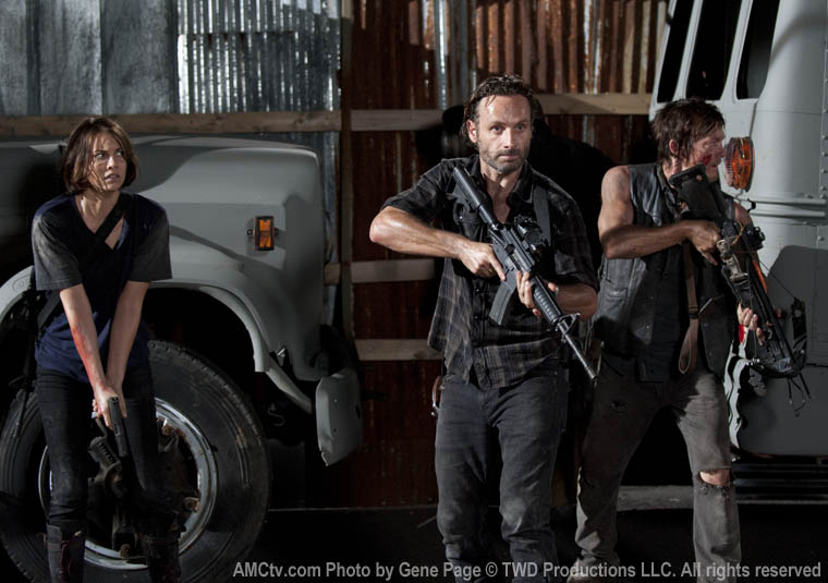 Maggie Greene (Lauren Cohan), Rick Grimes (Andrew Lincoln) and Daryl Dixon (Norman Reedus) in Episode 9 of The Walking Dead