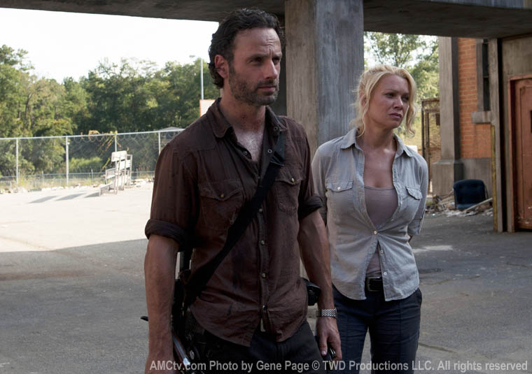 Rick Grimes (Andrew Lincoln) and Andrea (Laurie Holden) in Episode 11 of The Walking Dead