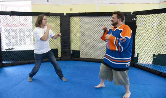 <em>Comic Book Men</em> Poll &#8211; In an MMA Fight, Which Character Would Win: Jay or Silent Bob?