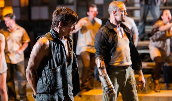 <em>The Walking Dead</em>&#8216;s Midseason Premiere Episode Now Available Online