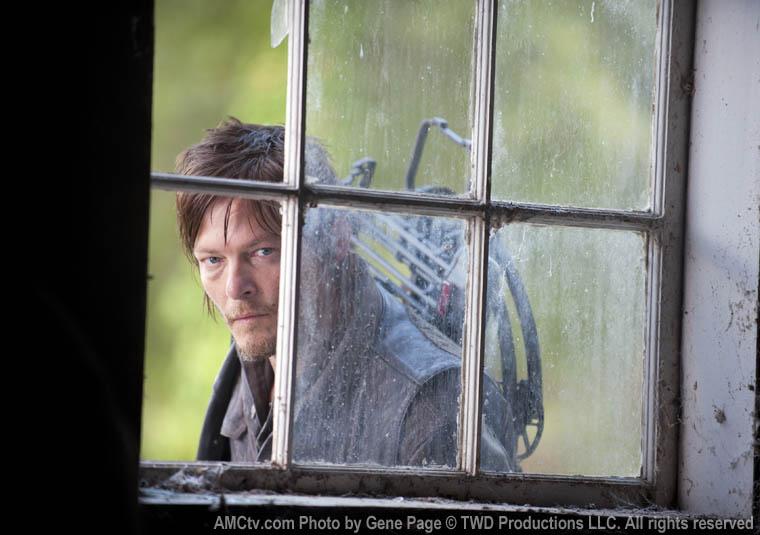 Daryl Dixon (Norman Reedus) in Episode 13 of The Walking Dead